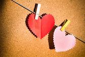 心纸与情人节的夹子. — 图库照片