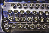 Antieke schrijfmachine — Stockfoto