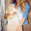 Beautiful girl with cat — Stock Photo