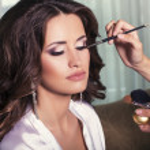 Bride's preparation.making make up before wedding — Stock Photo #49771705