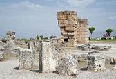 Resti di pietra nella antica hierapolis, turchia — Foto Stock