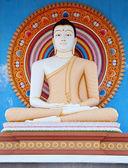 Statue in a Buddhist temple in Sri Lanka — Stock Photo