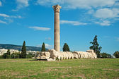 Temple of Olympian Zeus in Athens, Greece — Stock Photo