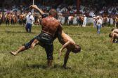 Petrol güreşçiler — Stok fotoğraf