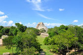 Anicent mayan pyramid Uxmal in Yucatan, Mexico — Stock Photo