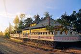 Buddhist hill temple, Sri Lanka — Stok fotoğraf