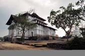 Lankathilake hill temple in Sri Lanka — ストック写真