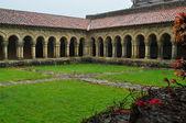 романский монастырь. сантильяна-дель-мар. испания. — Стоковое фото