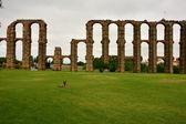 Rzymskiego akweduktu. Merida. Hiszpania. — Zdjęcie stockowe