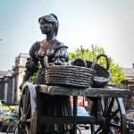 Statue of Molly Malone, Dublin — Stock Photo #39510935