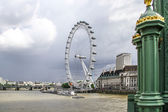 The London Eye from Westminster Bridge — Stock Photo