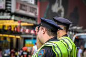 Two NYPD Patrol officers in Times Square, New York — Foto Stock