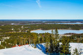 Scenic view over a ski slope — Stockfoto
