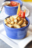 Croutons with garlic and herbs — Stock Photo
