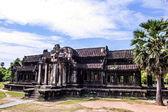 O antigo templo de angkor wat perto de siem reap, camboja. — Fotografia Stock