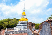 Brothers pagoda on the top of Dang mountain at Songklha province — Stock Photo