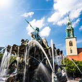 Neptunbrunnen berlin — Stock Photo