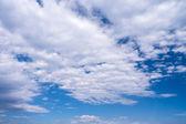 Bewölktem himmel — Stockfoto