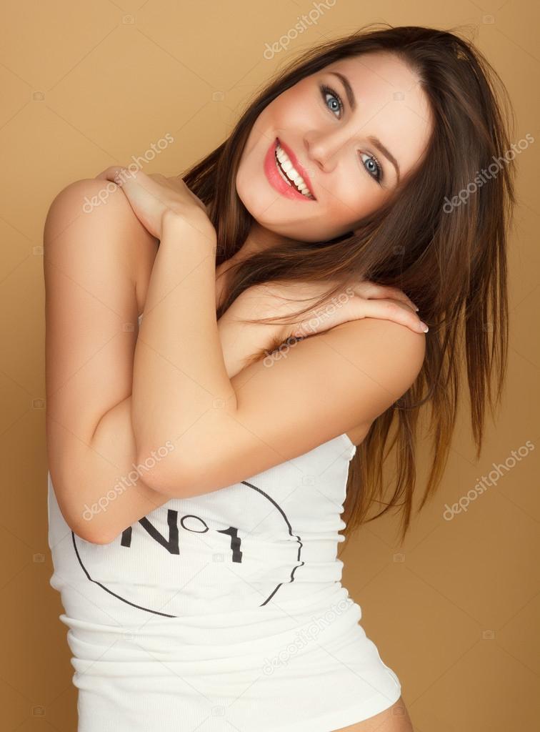 Картинки голые девушки звезды похожа на настю сиваеву
