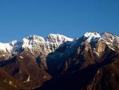 Suiza - lago de lugano. ver en las montañas. — Foto de Stock