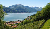 Panorama of the Lake of Como from the Mountains — Foto de Stock