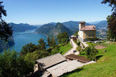 Lugano, Switzerland - Juli 31, 2014: Images of the Gulf of Lugano from Monte Bre above the City. — Foto Stock
