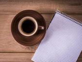 Journal et café — Photo