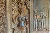 Apsara sculpture in Angkor Wat — Stock Photo