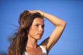 ビーチで女の子 — ストック写真
