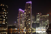 Night view of London s residential aria, Canary Wharf — Stock Photo