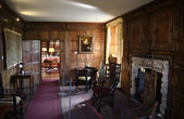 HEVER CASTLE AND GARDENS, KENT,  UK - MARCH 10, 2014: 19th century Interior of Hever castle, 13th century Tudor manor — Stock Photo