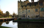 HEVER CASTLE AND GARDENS, KENT,  UK - MARCH 10, 2014: 13th century castle with Tudor manor house and 250 acre of park. — Stock Photo