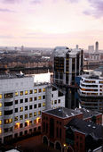 LONDON, UK - MARCH 10, 2014: Canary Wharf office and residential aria in evening light — Stock Photo