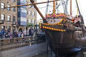 伦敦,英国 — — 3 月 29 日,2014年弗朗西斯 · 德雷克 s 金后船 — 图库照片