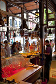 MADRID, SPAIN - MAY 28, 2014:  Mercado San Miguel market, famous food market in the centre of Madrid — ストック写真