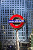 LONDON, UK - MAY 14, 2014 London tube, Canary Wharf station, busiest station in London, bringing about 100 000 office workers every day — Stock Photo