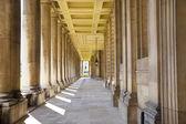 Londres, reino unido - 15 de maio de 2014: parque de greenwich, hall pintado e palácio da rainha. arquitetura clássica do período do império britânico — Foto Stock