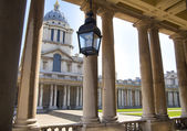 LONDON, UK - MAY 15, 2014: Greenwich park, painted hall and Queen's palace. Classic Architecture of British empire period — Foto de Stock