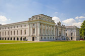 LONDON, UK - MAY 15, 2014: Greenwich park, painted hall and Queen's palace. Classic Architecture of British empire period — 图库照片