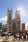 LONDON, UK - JUNE 14, 2014: Westminster abbey, view form the park — Stock Photo