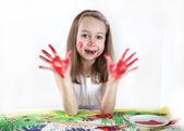 Chica dibujo con acuarelas — Foto de Stock