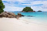 Beautiful view of island, Sunrise beach, koh Lipe, Thailand — Stock Photo