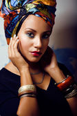 Beauty bright african woman with creative make up — 图库照片