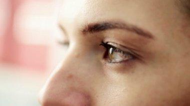 Female eye — Stock Video