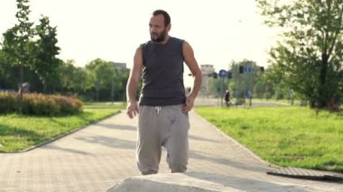 Tired jogger resting after run — Vidéo