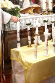 Light candles at the communion — Stockfoto