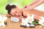 Young woman on spa massage — Stockfoto
