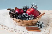 Apples and cones — Stock Photo