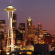Seattle skyline and Mount Rainier panorama — Stock Photo