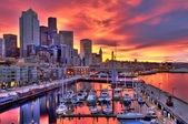 Dramatic Seattle skyline at dawn — Stock Photo